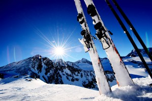 Sport-Naegele - Ski equipment in high mountains in snow at winter